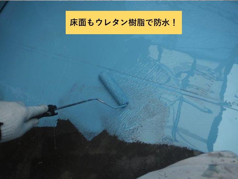 和泉市のベランダの床面もウレタン樹脂で防水