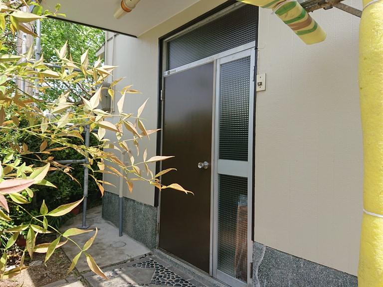 岸和田市の玄関ドア塗装完了