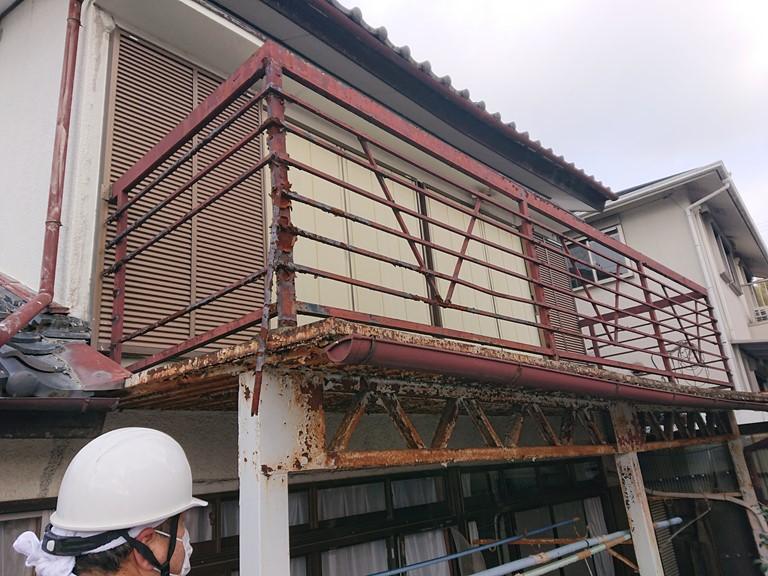 岸和田市の鉄製のベランダ