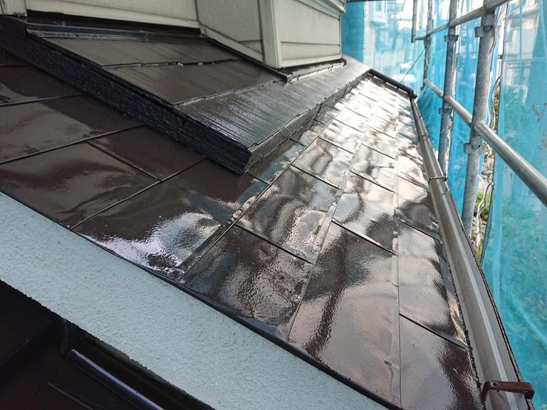 岸和田市の銅板葺きの屋根も塗装しました