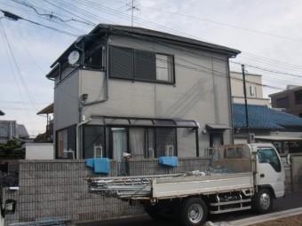 岸和田市西之内町の外壁塗装の足場設置