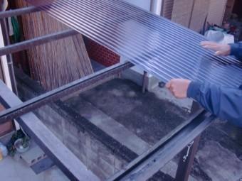 貝塚市のポリカーボネート素材の波板