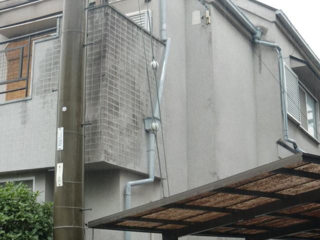 岸和田市極楽寺町の外壁カビ状況