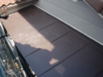 岸和田市下池田町のバルコニーの屋根葺き替え完了