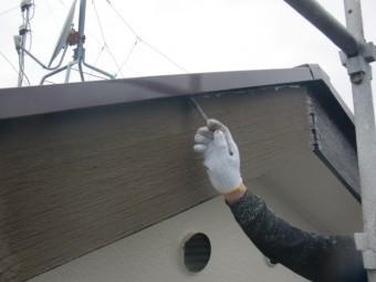 岸和田市天神山町の破風板塗装中