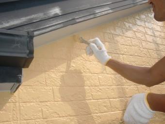 岸和田市八田町の外壁と塗装で刷毛塗装