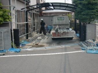 岸和田市八田町のカーポートのポリカ板撤去