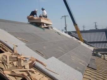 岸和田市土生町の既存の両サイドの軒天井板撤去