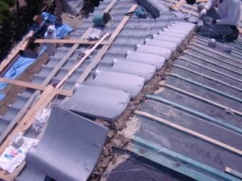 岸和田市土生町の上屋根のケラバ瓦