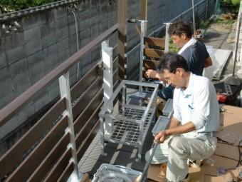 岸和田市西之内町でガーデン流しの架台設置