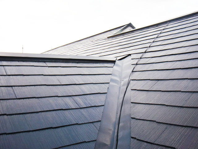 岸和田市岡山町の屋根上塗り完了