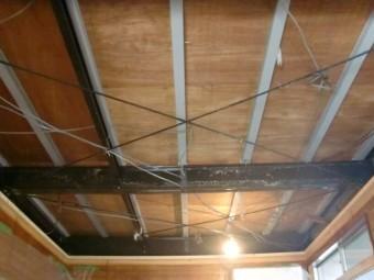 岸和田市小松里町の天井解体完了