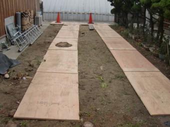 岸和田市土生町の屋根葺き替えに伴う車両搬入スペース改修