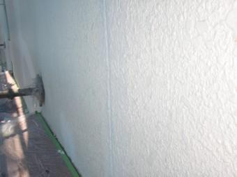 岸和田市春木本町で外壁のクラックに再度パターン付け