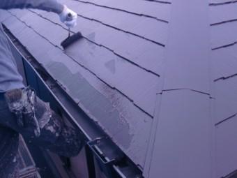 岸和田市尾生町のスレート屋根の中塗り
