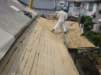 岸和田市土生町の下屋根の下地