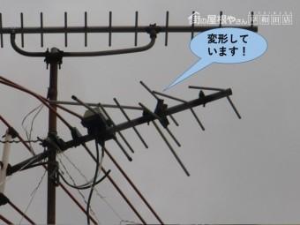 和泉市のテレビのアンテナが変形