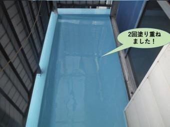 泉大津市のベランダにウレタン樹脂を2回塗り重ねました
