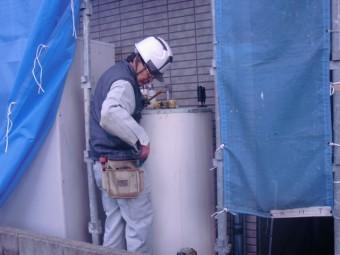 岸和田市尾生町のソーラーのタンク撤去