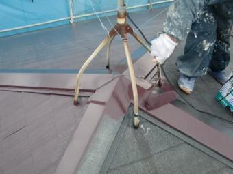 岸和田市尾生町の屋根の棟板金も塗装