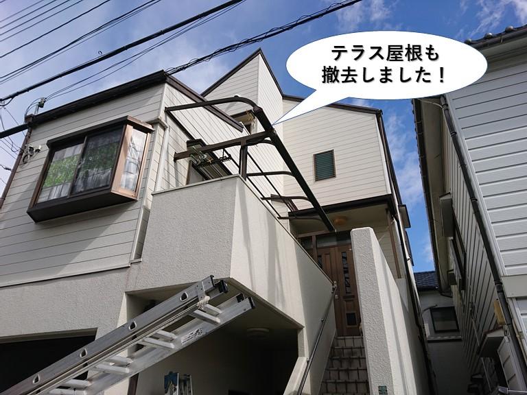 泉佐野市のテラス屋根も撤去しました