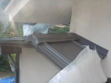 岸和田でガルバリューム鋼板加工棟笠木取付