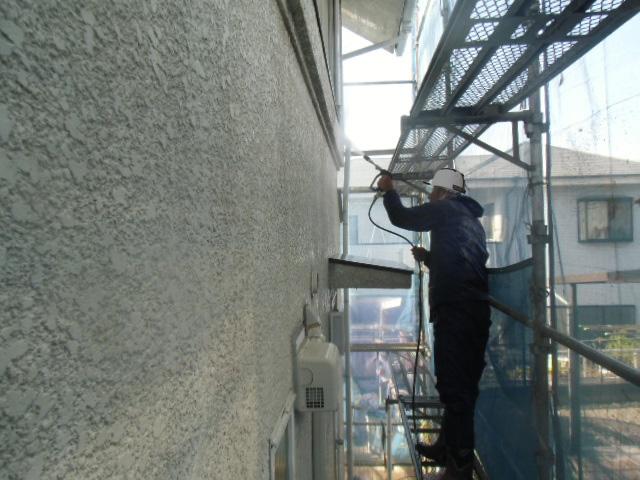岸和田市岡山町の外壁の高圧洗浄
