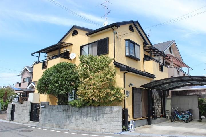 岸和田市八田町で黄色い色に塗り替えた外壁塗装