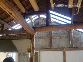 岸和田市大町でスレート瓦への屋根葺き替え工事