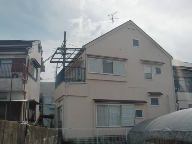 岸和田市極楽寺町でカビ除去もした外壁と屋根塗装裏側完成