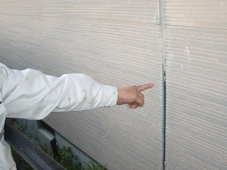 岸和田市真上町の屋根塗装と外壁塗装で足場設置