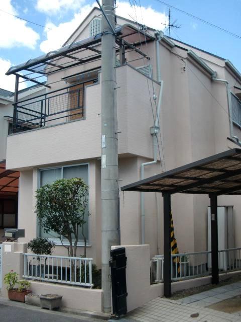 岸和田市極楽寺町でカビ除去もした外壁と屋根塗装