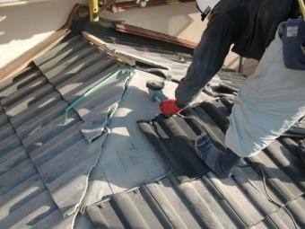 岸和田市土生町で洋瓦(エアルーフフレンチ)の屋根葺き替え