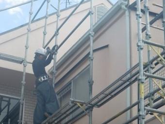 岸和田市極楽寺町の足場撤去と塀の塗装