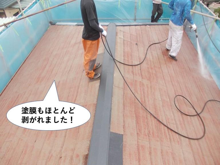 岸和田市の屋根の塗膜もほとんど剥がれました