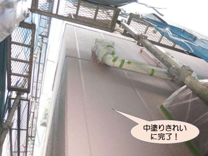 岸和田市紙屋町の外壁中塗り完了