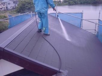 岸和田市土生町の葺き替えた屋根の洗浄