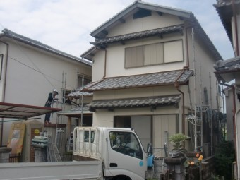 岸和田市土生町の仮設足場の設置