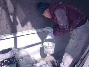 岸和田市包近町の土台水切り塗装