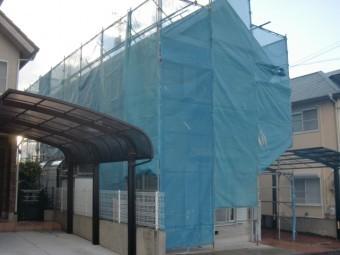 岸和田市下松町の外壁・屋根塗装で使用する足場設置完了