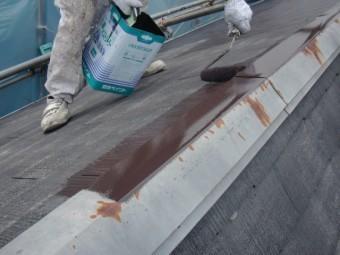 岸和田市下松町の屋根中塗り