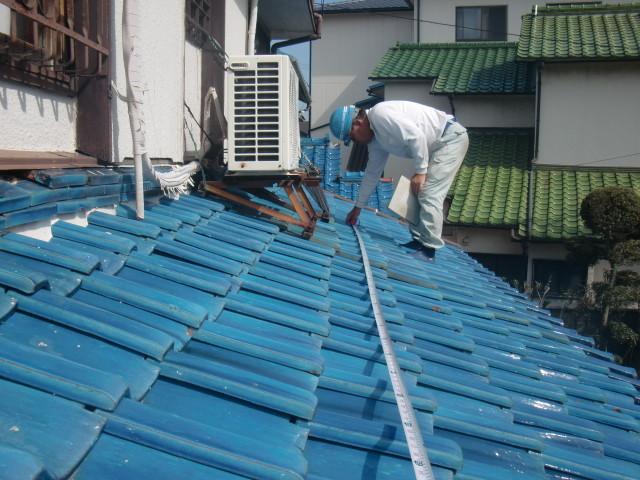 泉北郡忠岡町で耐震工事の屋根調査