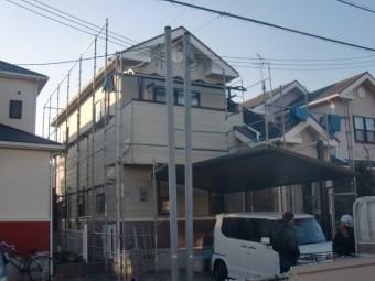 岸和田市包近町の足場設置