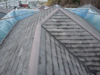 岸和田市包近町の洗浄後のきれいになった屋根