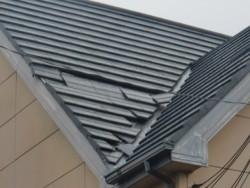 忠岡町で台風で瓦がズレました