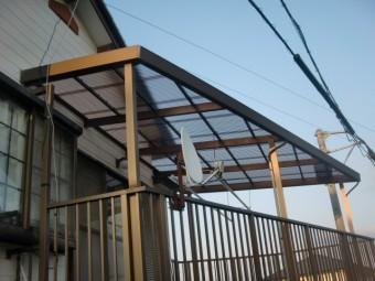 岸和田市尾生町の二階のテラス波板張替完了