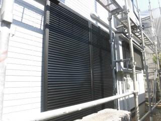 岸和田市三田町の雨戸塗装完了