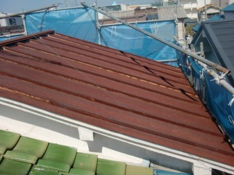泉佐野市のトタン屋根の錆