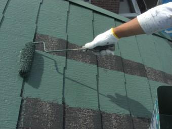 貝塚市半田の屋根中塗り