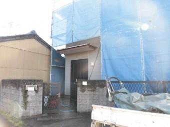 和泉市の塗装前の高圧洗浄